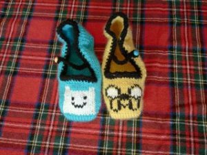 A knitter friend from Santa Barbara asked me to do some maryjane slippers for her daughter; one Jake & one Finn. I think they turned out adorable! It was a lot of fun designing them.